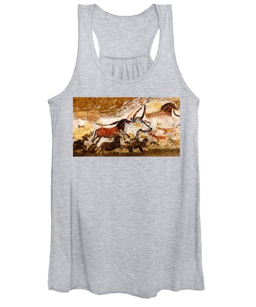 Lascaux Hall Of The Bulls - Horses And Aurochs Women's Tank Top