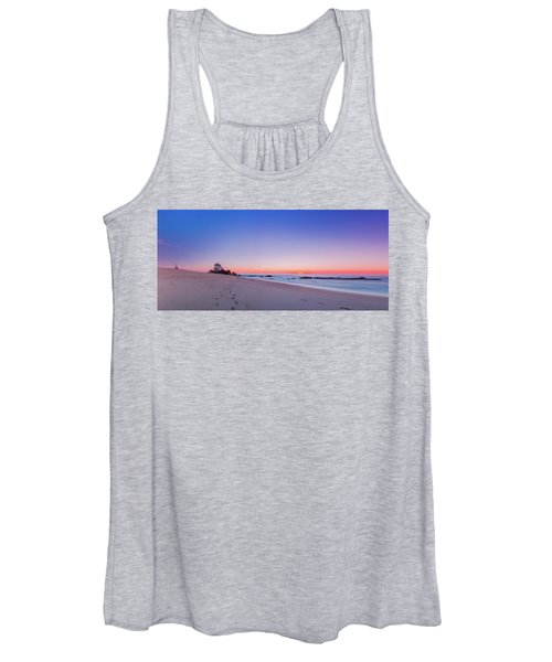 Looking Into The Distance Women's Tank Top