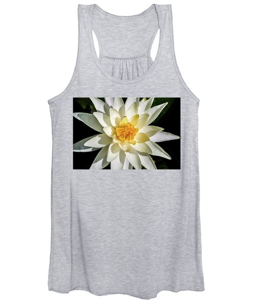 Macro Water Lily Women's Tank Top