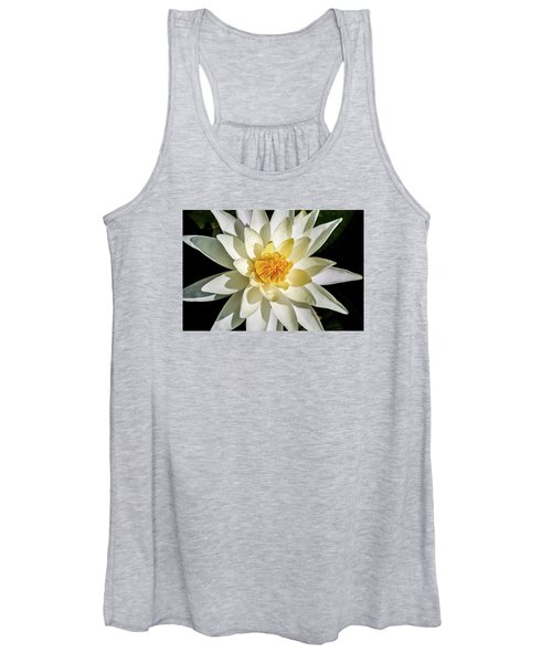 Macro Water Lily Women's Tank Top