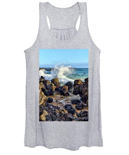 Maui Wave Crash Women's Tank Top