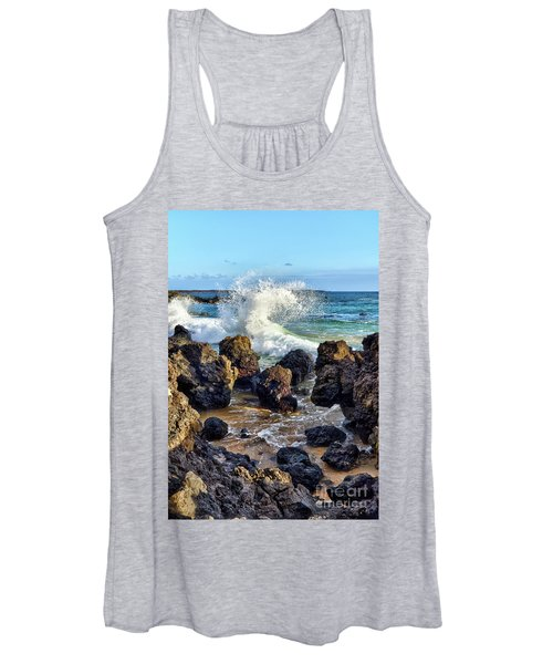 Maui Wave Crash Women's Tank Top