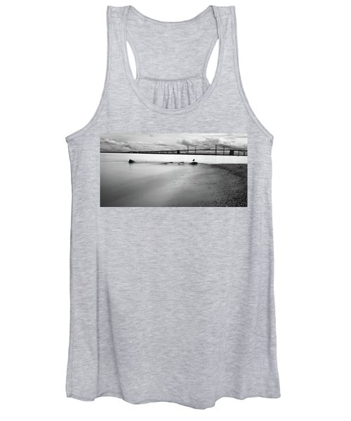 Meditating Sea Gull Women's Tank Top