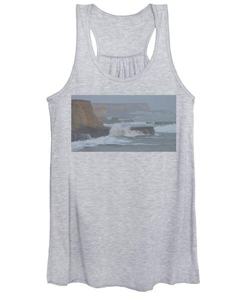Misty Pacific Cliffs Women's Tank Top