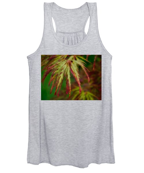 Women's Tank Top featuring the photograph Morning Dew by Michael Colgate