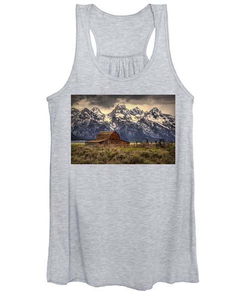 Moulton Barn Women's Tank Top