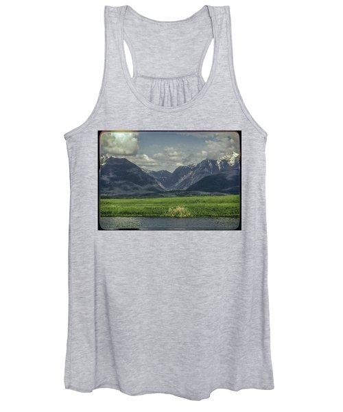Mountain View Montana.... Women's Tank Top