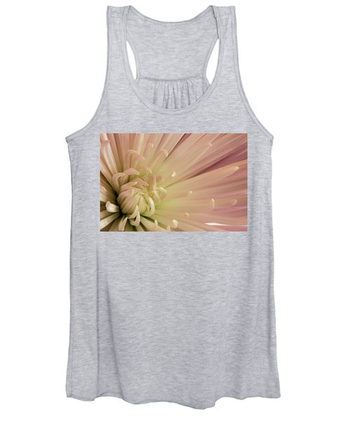Women's Tank Top featuring the photograph Mum by Bob Cournoyer