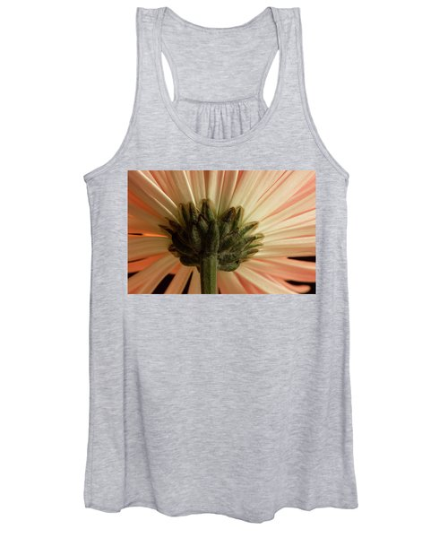 Women's Tank Top featuring the photograph Mum From Below by Bob Cournoyer