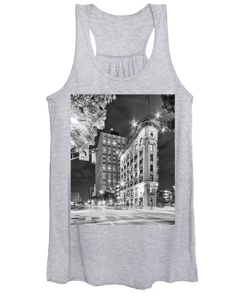 Night Photograph Of The Flatiron Or Saunders Triangle Building - Downtown Fort Worth - Texas Women's Tank Top