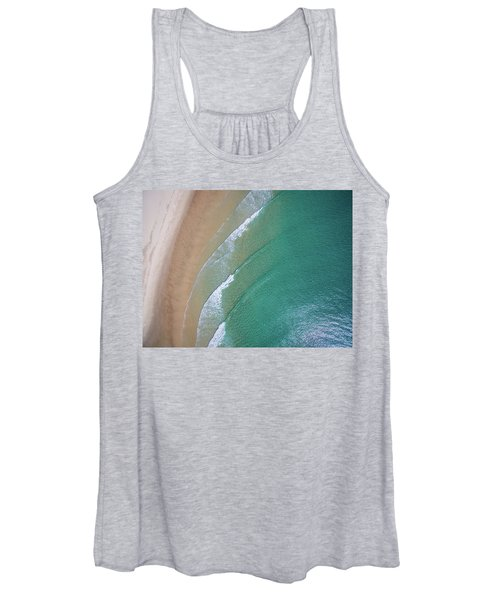 Ocean Waves Upon The Beach Women's Tank Top