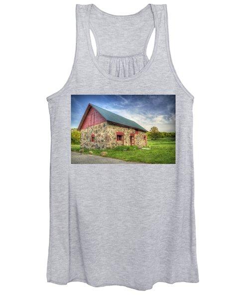 Old Barn At Dusk Women's Tank Top
