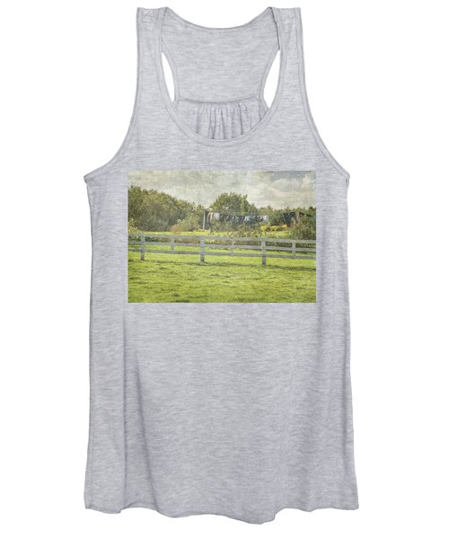 Open Air Clothes Dryer Women's Tank Top