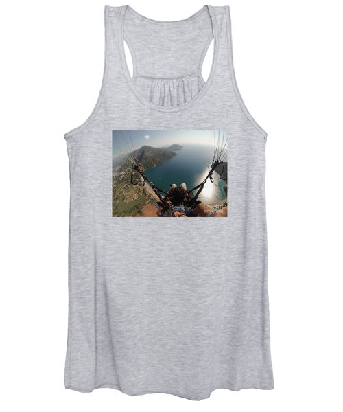 Paragliding Fly Above Laguna Seascape Women's Tank Top