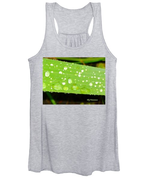 Raindrops On Leaf Women's Tank Top