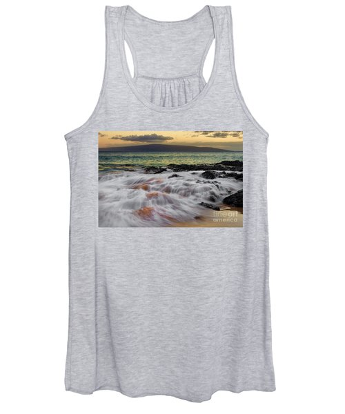 Running Wave At Keawakapu Beach Women's Tank Top