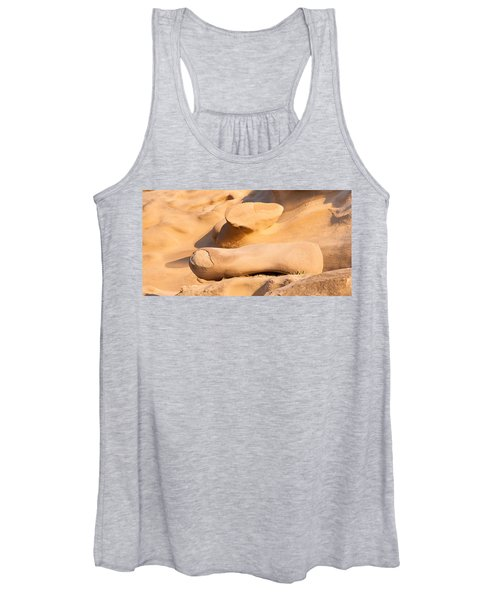 Sandstone Finger Women's Tank Top