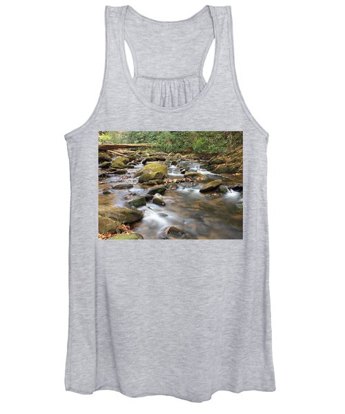 Secluded Women's Tank Top