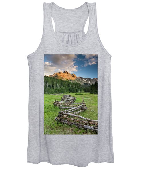 Sneffels Fence Vertical Women's Tank Top