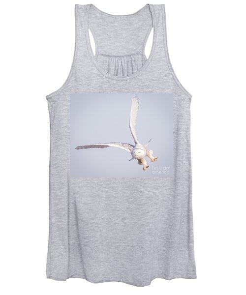 Snowy Owl Flying Dirty Women's Tank Top