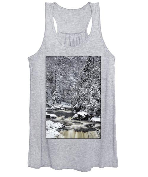Snowy Blackwater Women's Tank Top