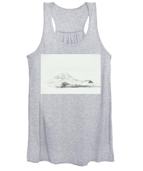 Snowy Sunrise Women's Tank Top