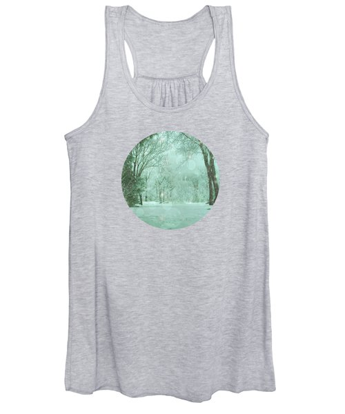 Snowy Winter Night Women's Tank Top