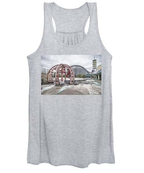 Spaced Out Women's Tank Top