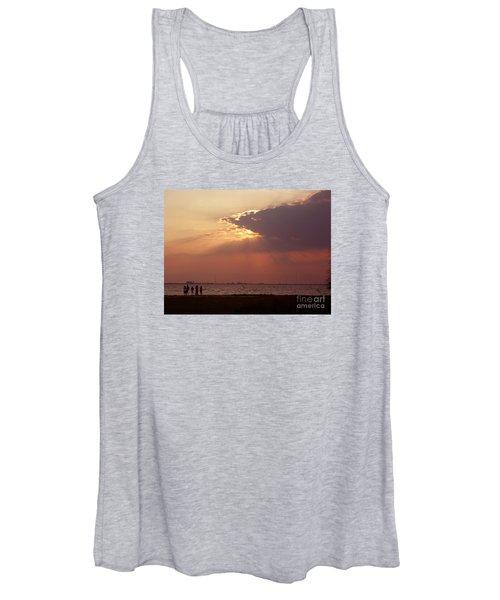 Sunset Gathering Women's Tank Top