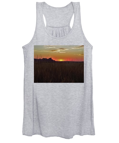 Sunset In The Badlands Women's Tank Top