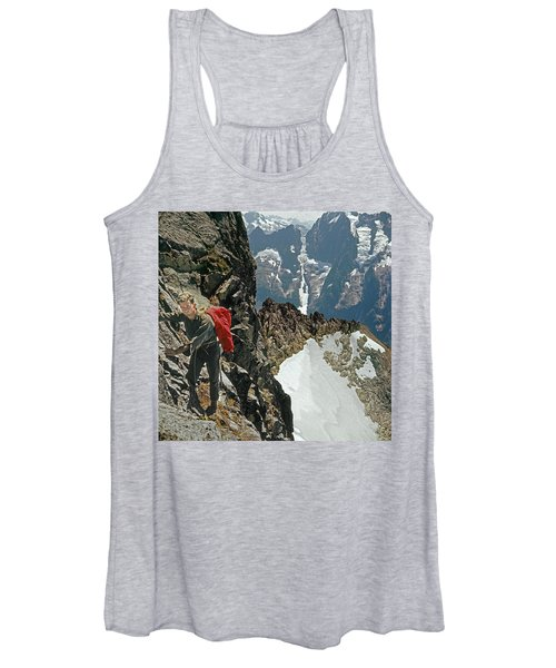 T-04403 Walt Buck Sellers On First Ascent Of Mt. Torment Women's Tank Top