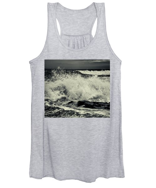 The Angry Sea Women's Tank Top