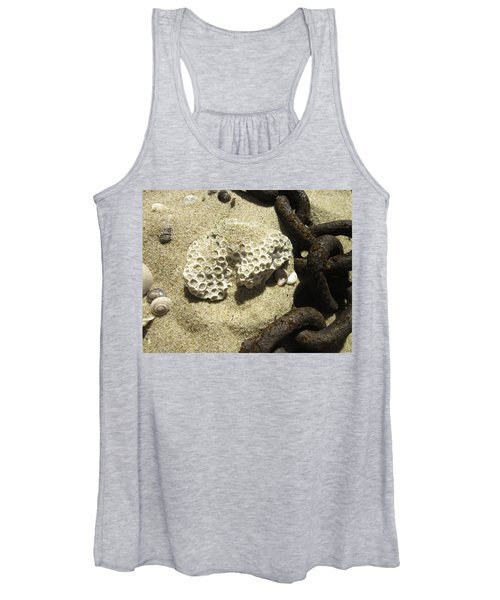 The Chain And The Fossil Women's Tank Top