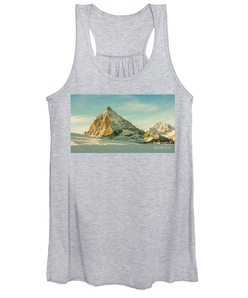 The Sun Sets Over The Matterhorn Women's Tank Top