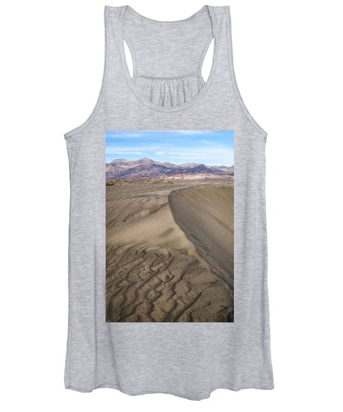 These Lines Women's Tank Top