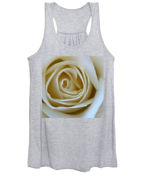 To The Heart Of The Rose Women's Tank Top