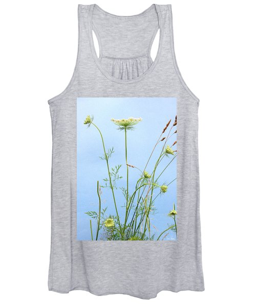 Tuft Of Queen Anne's Lace Women's Tank Top