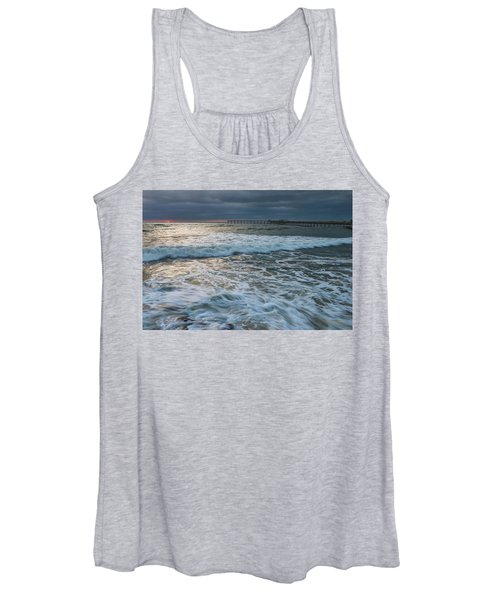 Turbulence Women's Tank Top