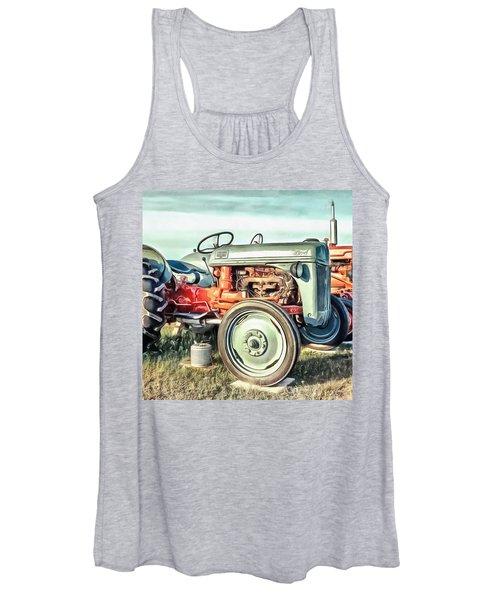 Vintage Tractors Pei Square Women's Tank Top