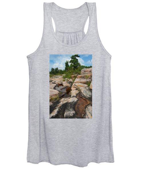 Wall Island Rock-3592 Women's Tank Top