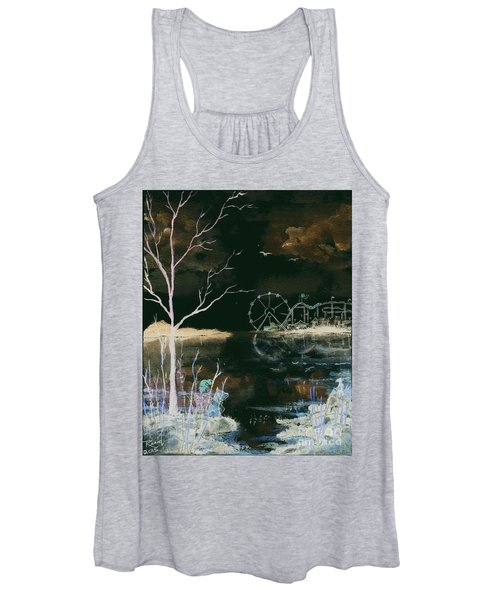 Watching The World Go Round Inverted Women's Tank Top