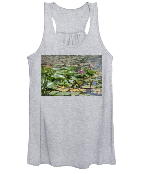 Water Lilies At Giverny Women's Tank Top