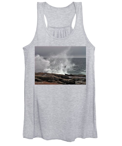 Waves Crashing  Women's Tank Top