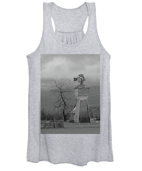 Windmill Of Old Women's Tank Top