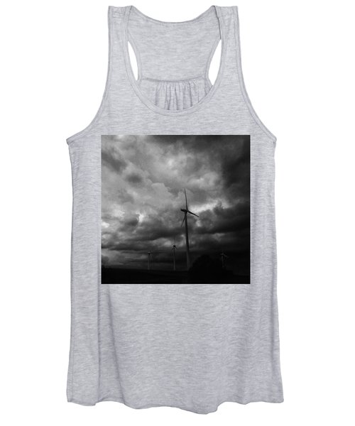 Windradwindig.  #windrad #monochrome Women's Tank Top