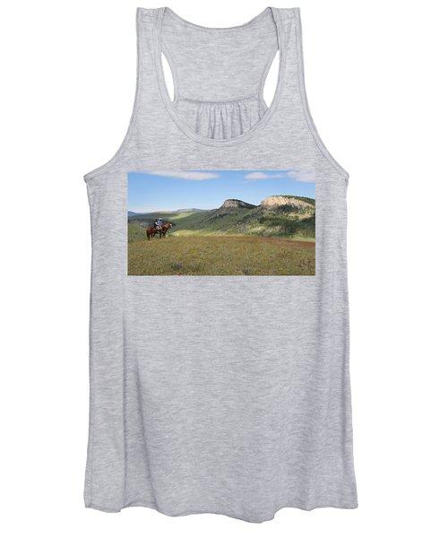 Wyoming Bluffs Women's Tank Top