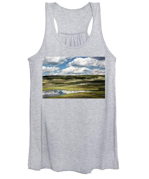 Yellowstone Hayden Valley National Park Wall Decor Women's Tank Top