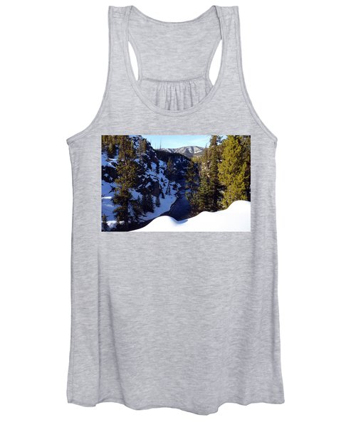 Yellowstone In Winter Women's Tank Top