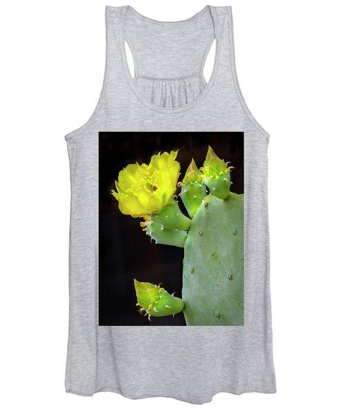 Cactus Blooms With Bee II Women's Tank Top