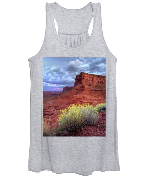 Desert Bouquets On A Stormy Eve Women's Tank Top